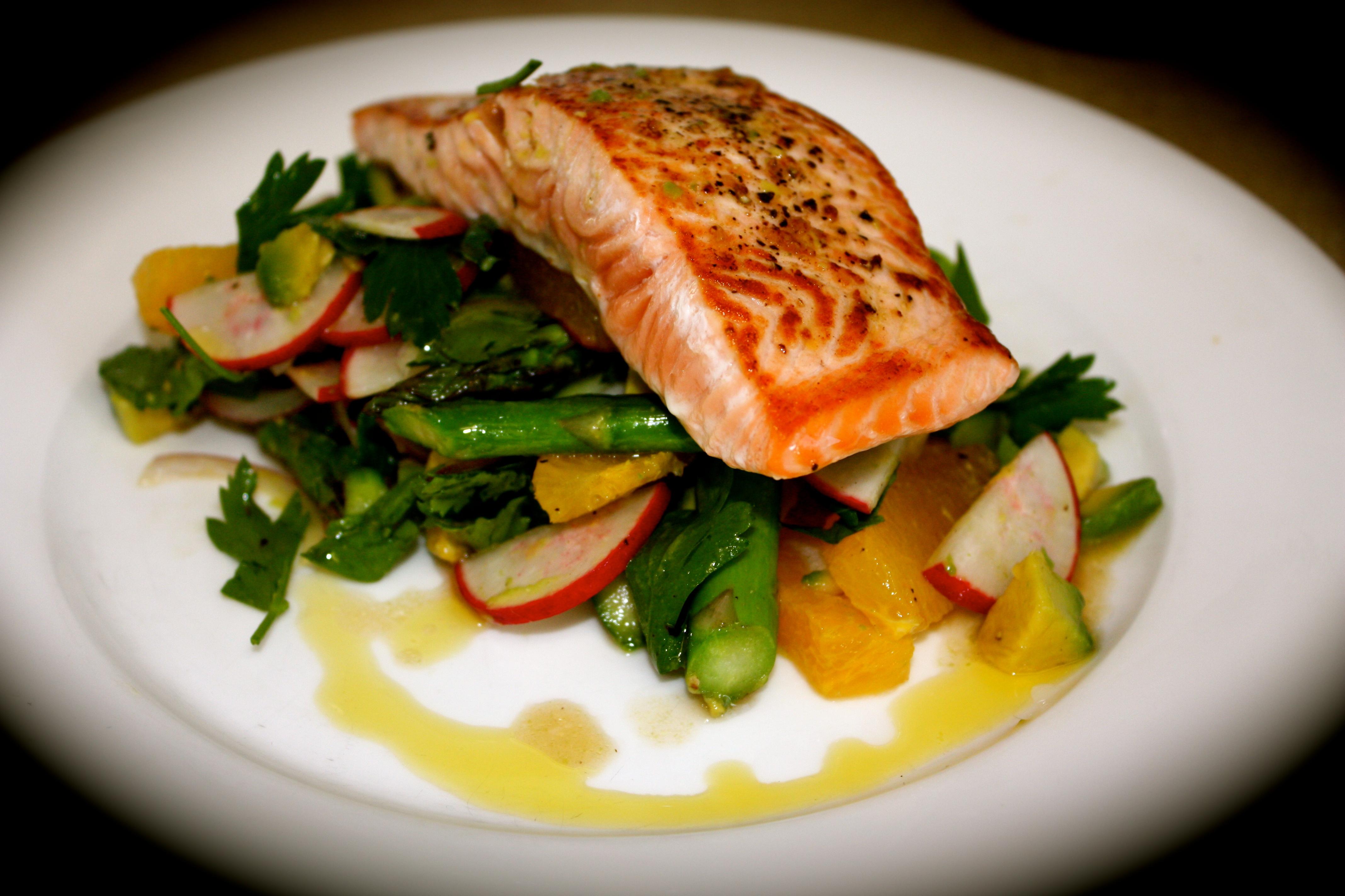 Seared Salmon with Warm Salad of Asparagus, Orange & Radish