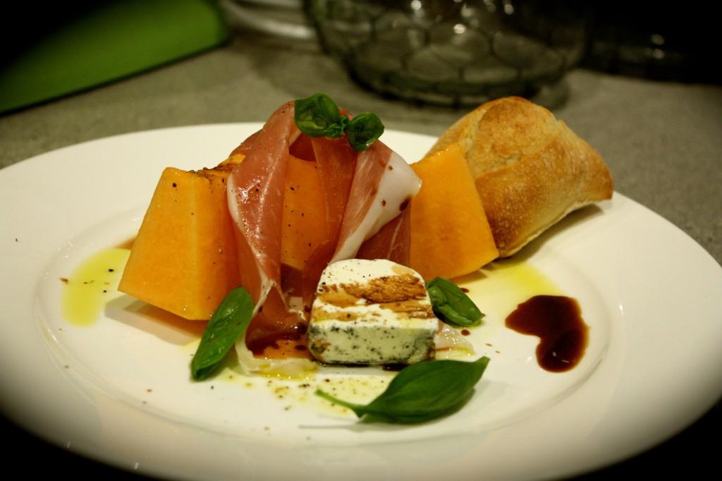 Melon, Prosciutto & Goat's Cheese Salad