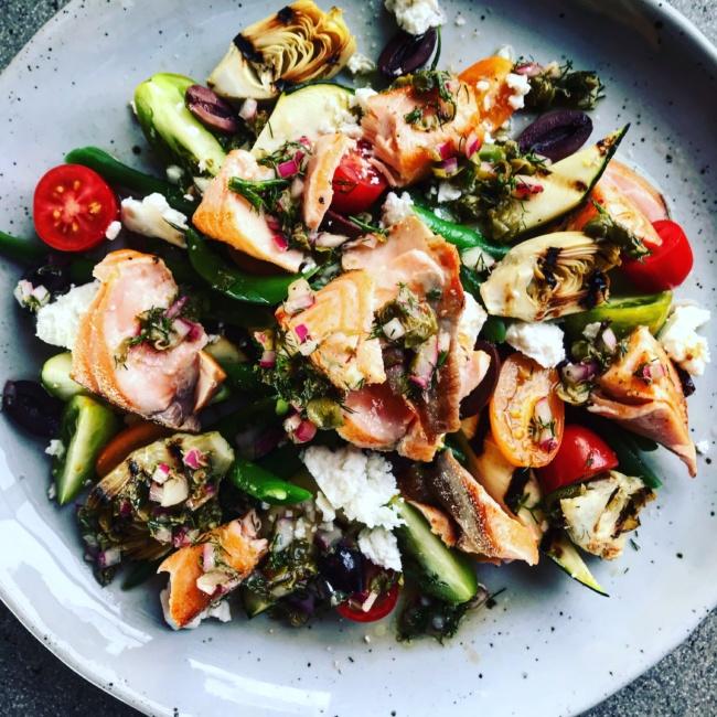 Mediterranean Seared Salmon Salad